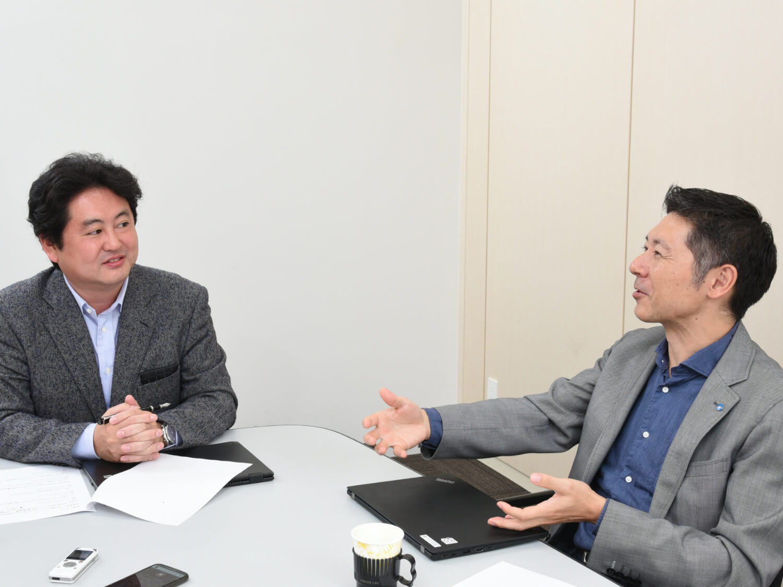 コニカミノルタ人事部臼井氏とデジタルステージ代表熊崎